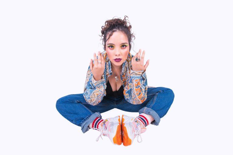 Sacando la voz: Gabsika libera su canción «A Veces»
